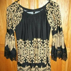PRETTY DRESS BY WHITE MARK IN A SIZE L (STRETCHY)